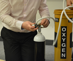 Oxygen Administrator Course PRODUCT IMAGE3.jpg