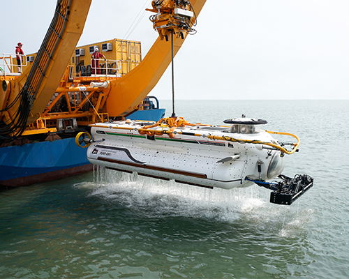 Indian Navy Submarine Rescue System trials vehicle lars.2jpg.jpg